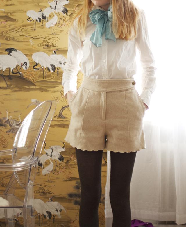 shorts ullshorts hm scarf siden turkos sidenscarf outfit skjorta
