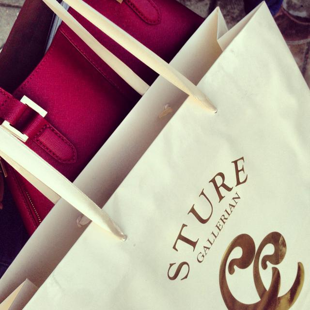sturegallerian stockholm stureplan väska dkny bag shopping