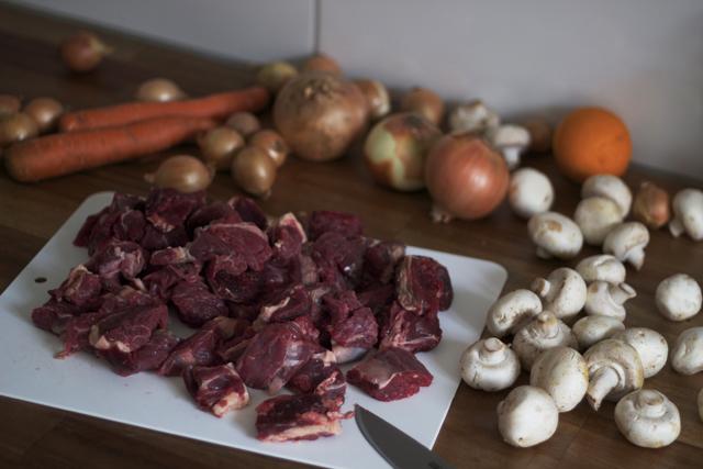 högrev kött meat beaf boeuf bourguignon gryta stew